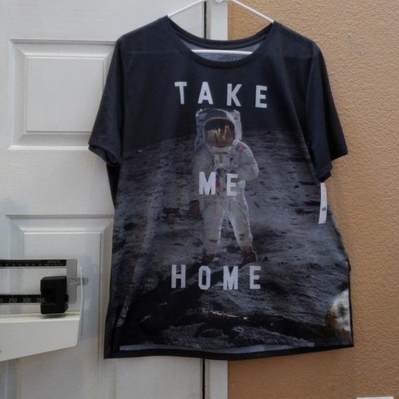 02c04ae7e9be2 NWT NASA Astronaut t-shirt plus size 2x